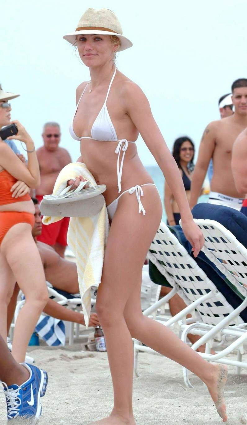 Think, Cameron diaz see through bikini ready help